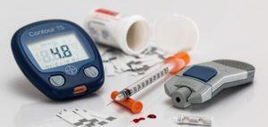 مستوى السكر في الدم وطرق التعامل مع السكر المرتفع والمنخفض